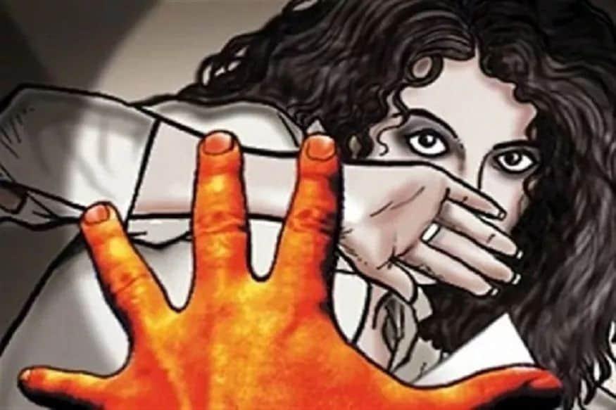 गुल्मीमा एक्लै सुतेकी भाउजुलाइ देवरले गरे बलात्कार