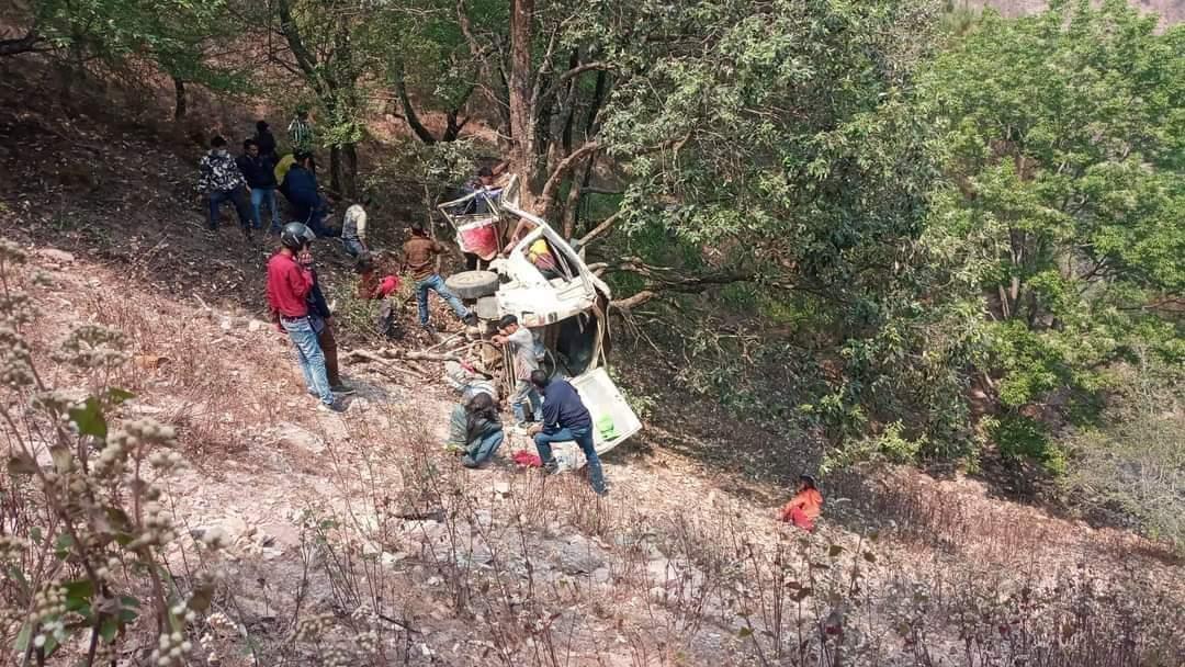 स्वर्गद्वारि जिप दुर्घटना अपडेट मृतक संख्या ४ पुग्यो : नामावलि सहित