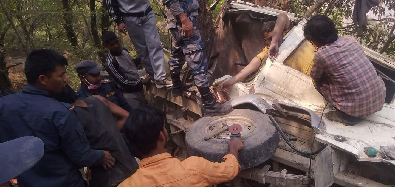 प्युठान स्वर्गद्वारि दुर्घटना अपडेट : ६ जना घाईतेलाई हेलिकप्टर मार्फत काठमाडौं लगियो